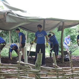 experian volunteers on the land july 2016